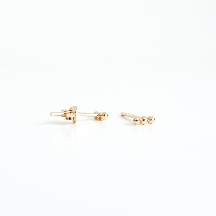 Trips - ear studs gold