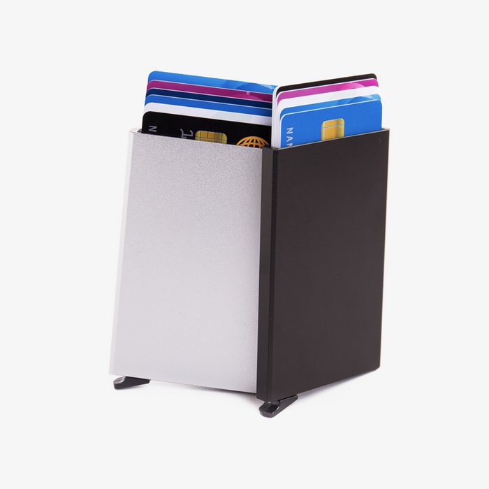Figuretta - Zwart Cardprotector